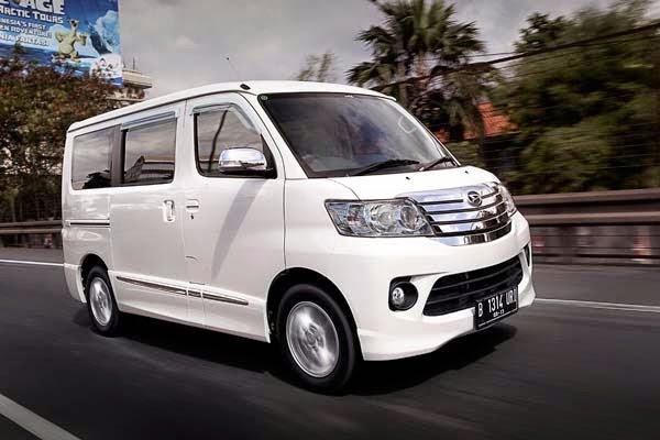 harga mobil daihatsu luxio bekas second tahun 2015 2014 2009 2011 2010 2012 2013 murah terbaru