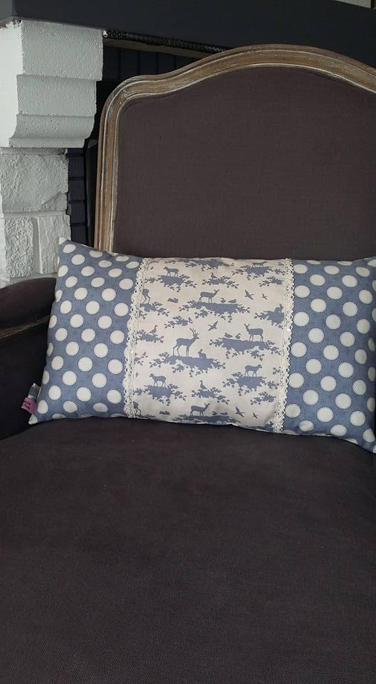 ma petite vie en rose ma boutique coussin tendance hiver. Black Bedroom Furniture Sets. Home Design Ideas