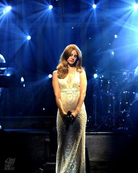 #interviews: Lana Del Rey talks about her highly critiqued SNL performance!