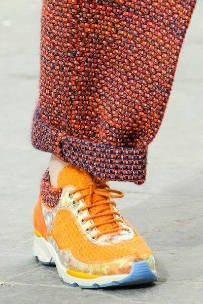 sneakers-chanel-orange-supermarket-fall-2014-fashion-show