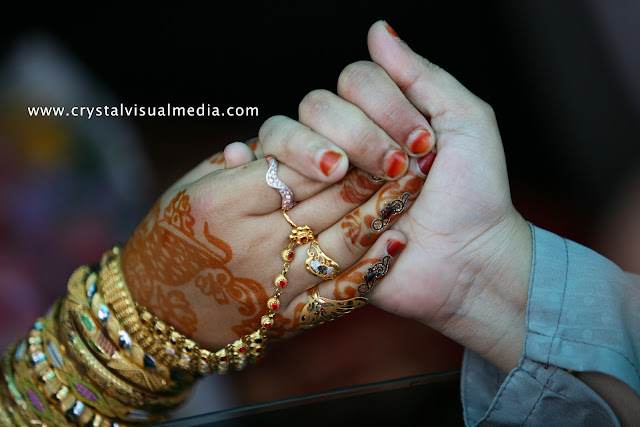 candid wedding photography in Kerala