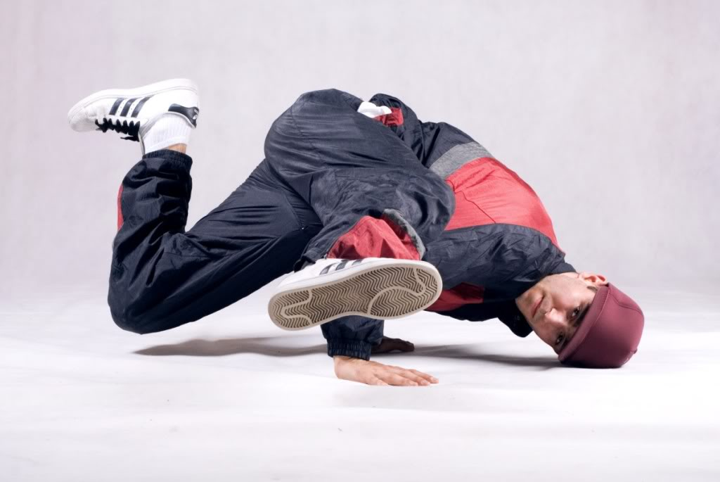 helicopter breakdance with B Boy  Blogspot on G 6mnflmc3mh9g7k3nrnpkga0 additionally B Boy  blogspot besides All Things Marine further How To Do The Coffee Grinder Helicopter Hip Hop Dance Moves 38e9c7 also Step Step Awal Belajar Breakdance.