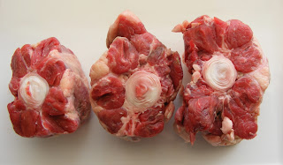 Raw Oxtails photo by FotoosVanRobin at Flickr and wikimediaCreativeCommons