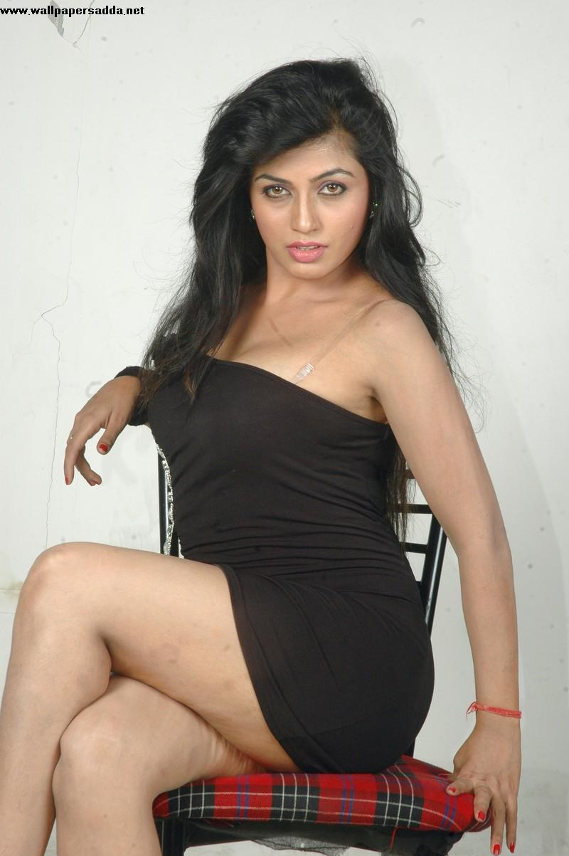 arthi puri hot boobs and thighs photos | the hottest in bollywood