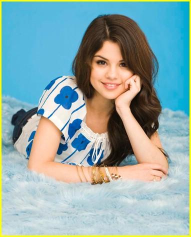 Selena Gomez  on Bechos    Ocuklar  N Hayran Oldu  U Selena Gomez
