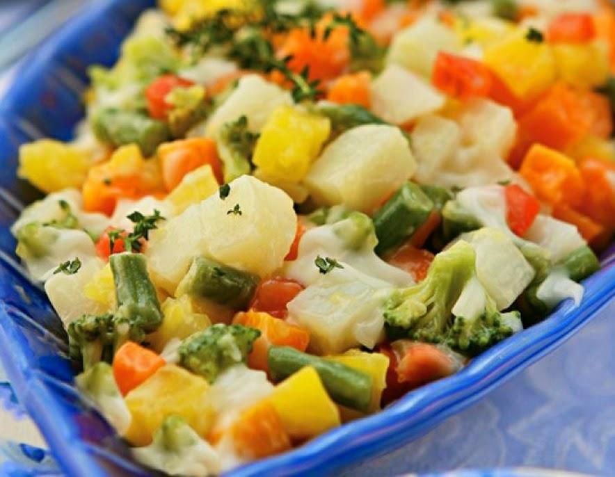Salada com Molho de Maionese Light (vegana)