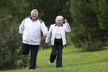 saltar personas mayores