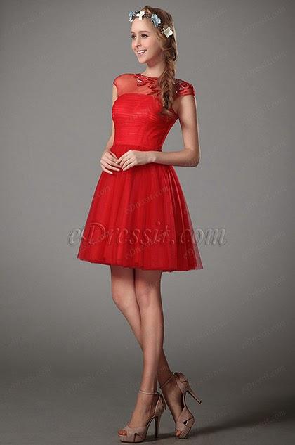 Платье короткое красного цвета