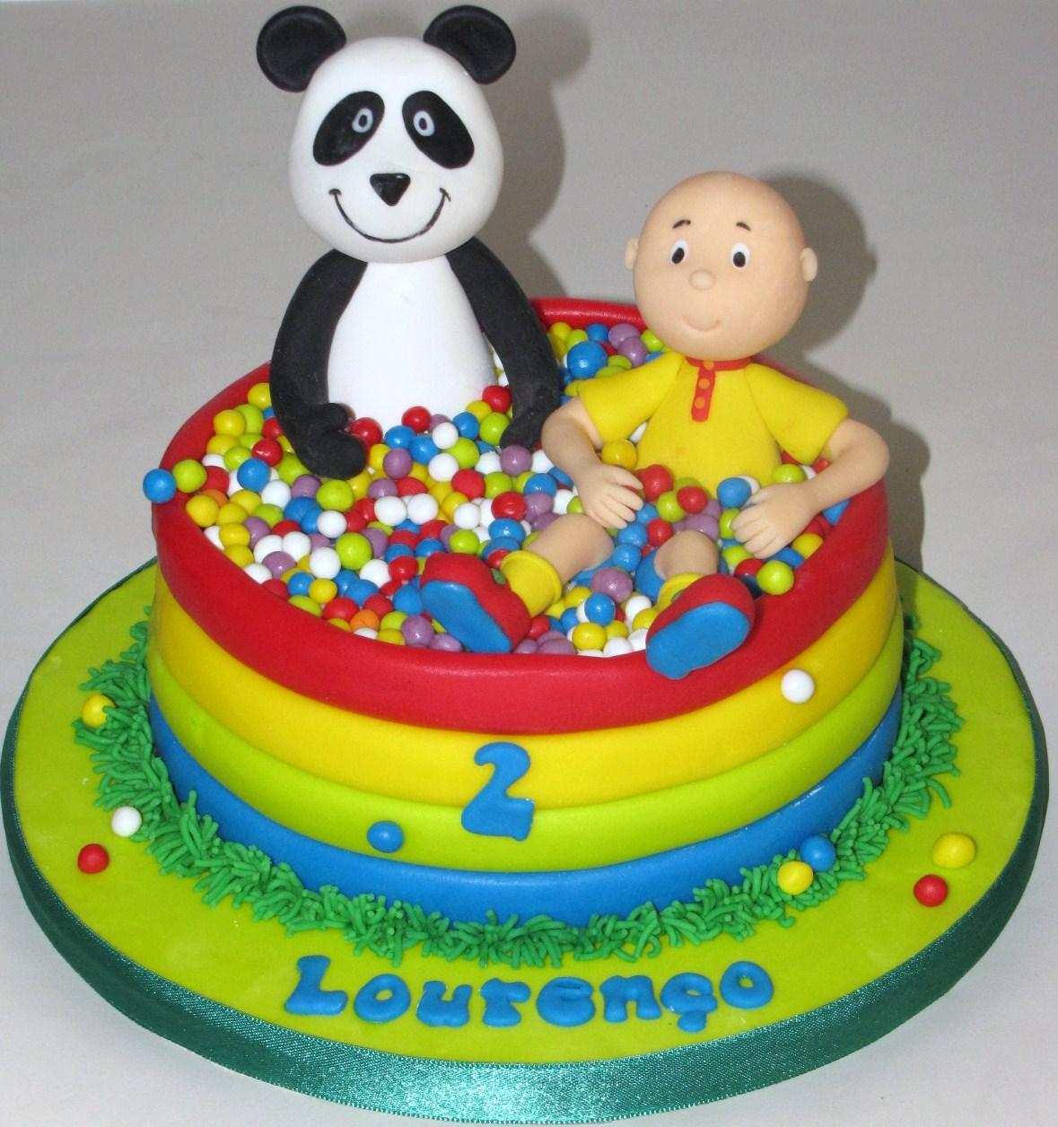 Mil cores mil sabores panda e o ruca na piscina de bolas for Caillou na piscina