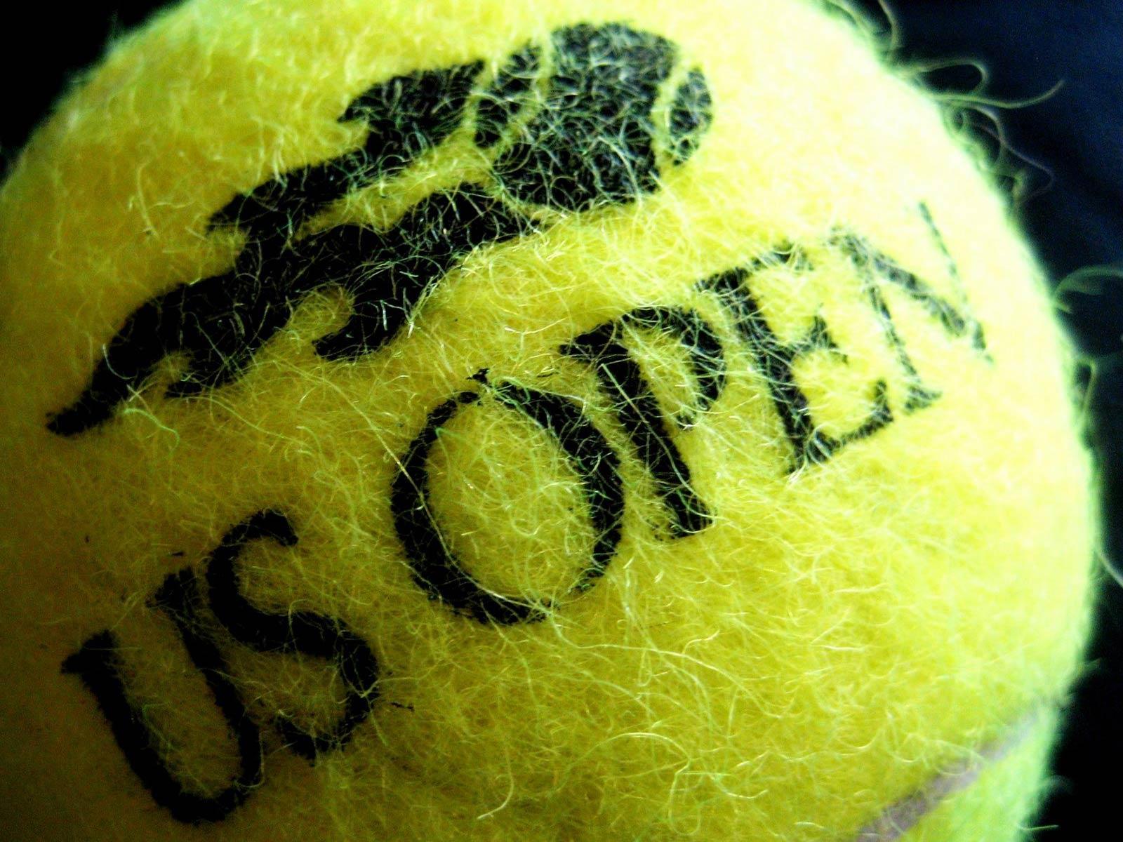 http://2.bp.blogspot.com/-aQpy4V7hoh8/Tj_snZnbqQI/AAAAAAAAAHk/YzsaEo9EztY/s1600/US-Open-Tennis-Ball-Wallpaper.jpg