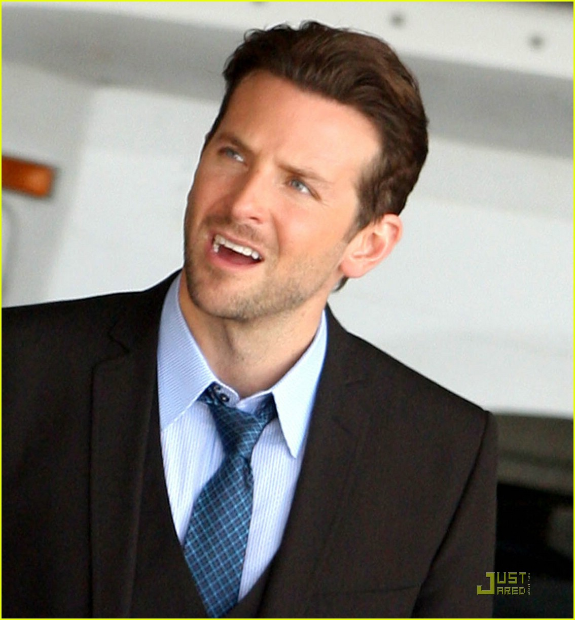Below Are The Bradley Cooper Hairstyle, Hopefully Its Can Become Your