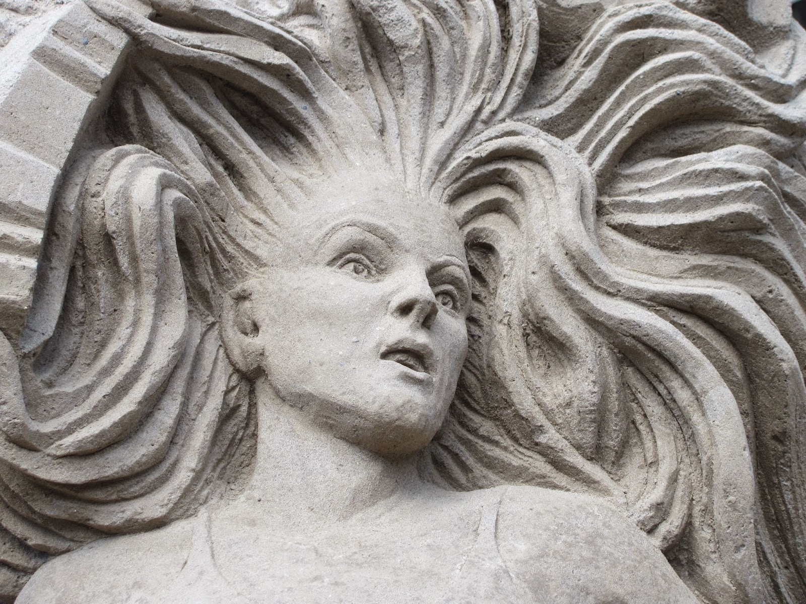 A detailed face and hair at Dublin Castle Sand Sculptures 2014