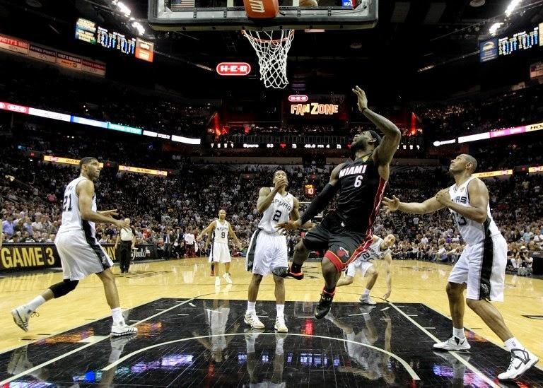 San Antonio Spurs y Miami Heat empatan a uno