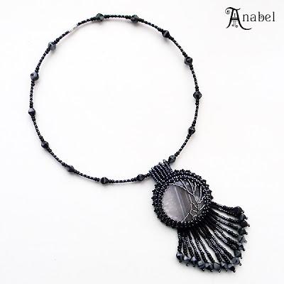 купить украшения с натуральными камнями черный агат бисер вышивка кулон Anabel
