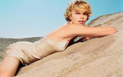 http://2.bp.blogspot.com/-aRU2ltIVQso/T6anZzseCnI/AAAAAAAAKgo/bwOlkQSO3IQ/s1600/Charlize+Theron+Hot_5.jpg