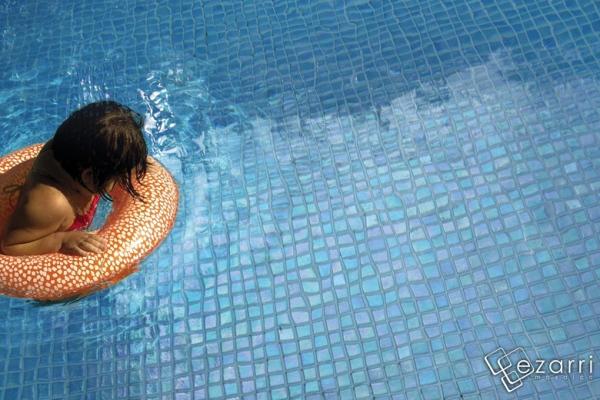 Mozaic piscine mozaic amenajari interioare mozaic bistrita for Amenajari piscine