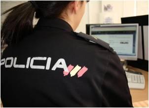 Policía especializada en delitos informaticos. Reputación on line. Esmeralda Diaz-Aroca
