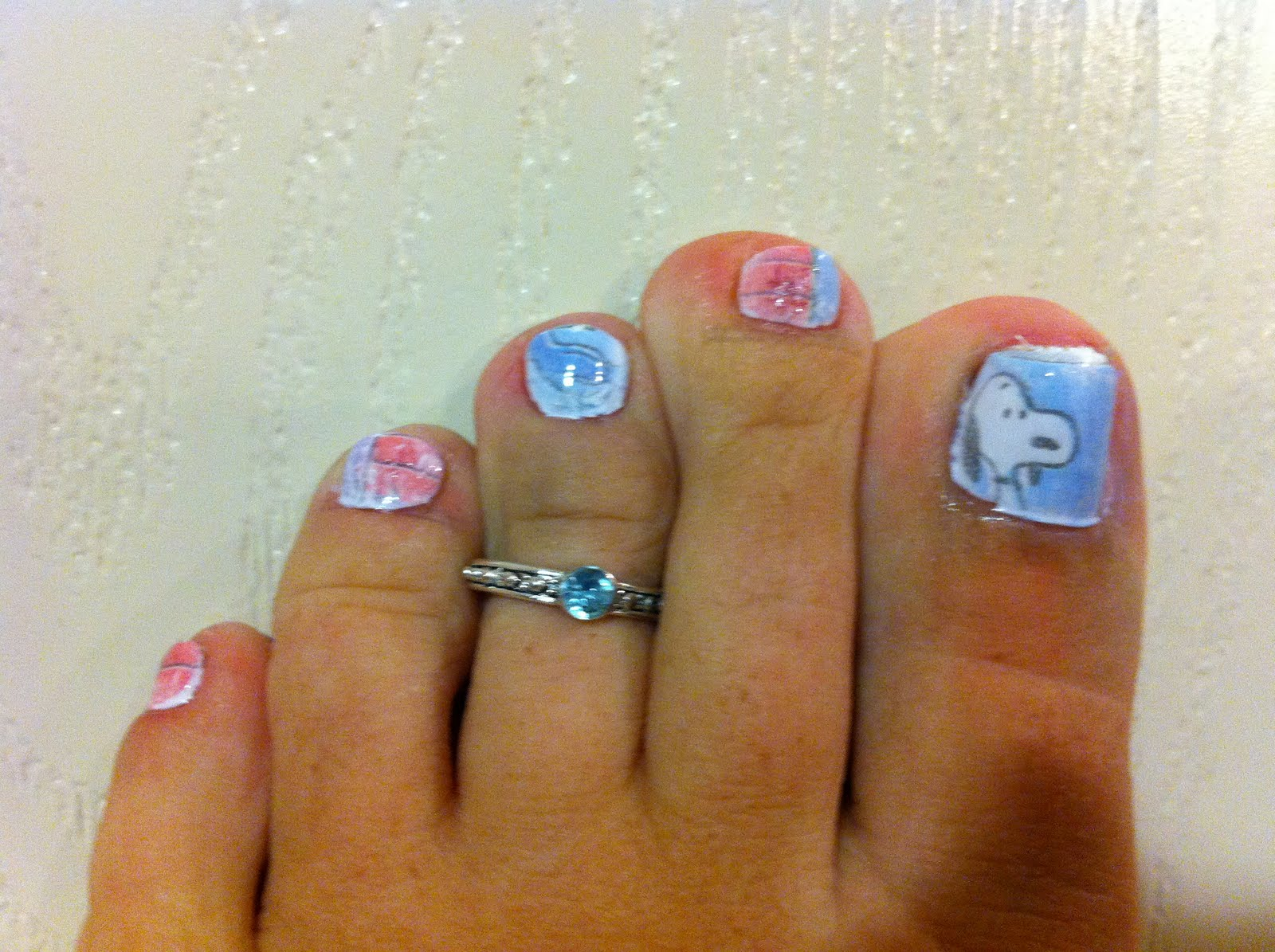 Snooo Ooo Oooo Py D My First Atempt At Comic Strip Nails Sure They Are A Little Messy But I Did Say 1st Think The Colors Came Out Great