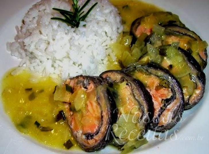 Receita rocambole de peixe salmão