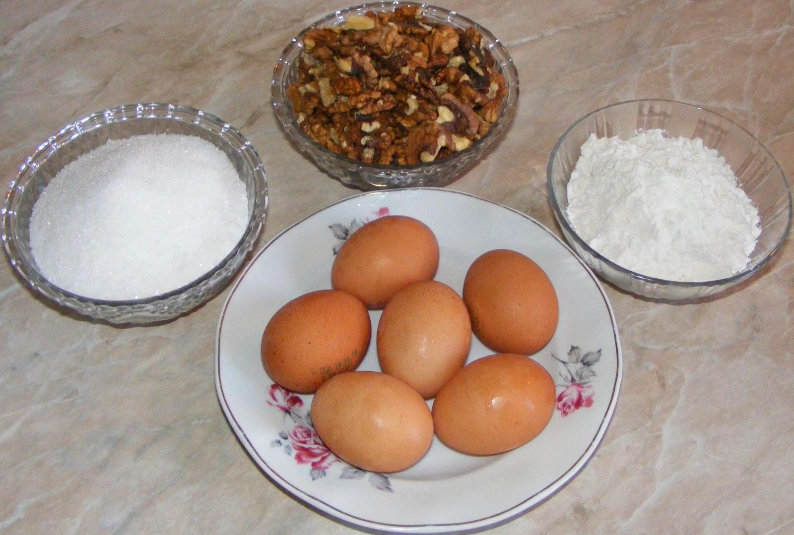 retete si preparate culinare dulciuri si prajituri de casa, ingrediente pentru pricomigdale, cum se fac pricomigdalele cu nuca,