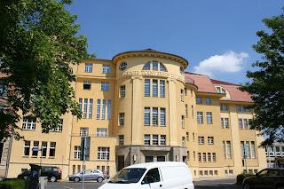 Sporthalle Leplaystraße