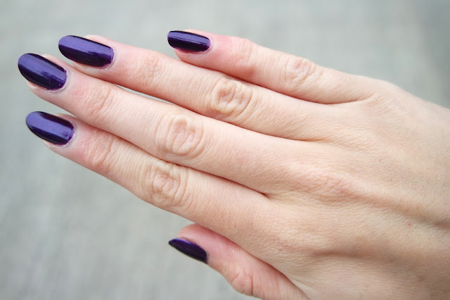 Autumn Nails feat. BarryM