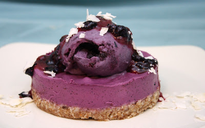 triple blueberry dessert