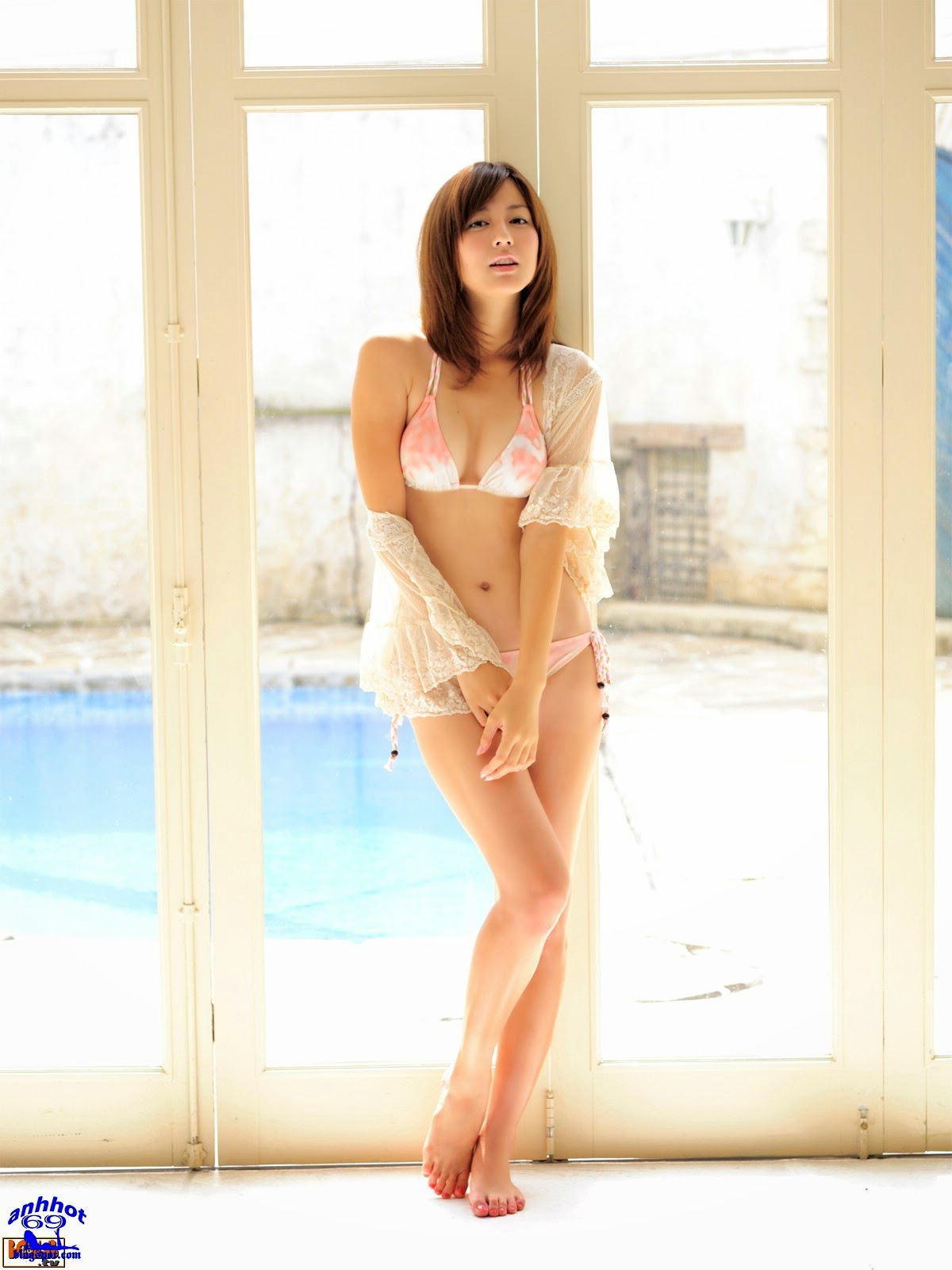 yumi-sugimoto-00586239