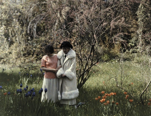 1920s, Two women walk through Lord Brougham's garden, Cannes, France - Maynard Owens Williams #1920s #autochrome #garden