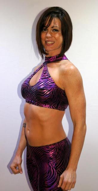 Nikki Roxx - Lucha Libre Wrestling