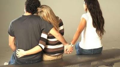 Ini Dia Ciri - Ciri Dan Tanda Jika Pasangan Anda Sedang Berselingkuh