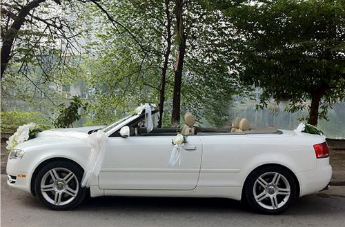 Cho thuê xe 4 chỗ Audi phục vụ đám cưới