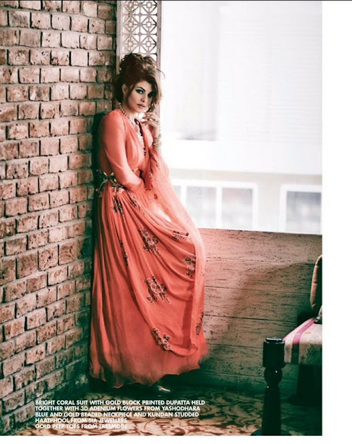 Jacqueline Fernandez Beautiful poses for Cineblitz Magazine HD Photos