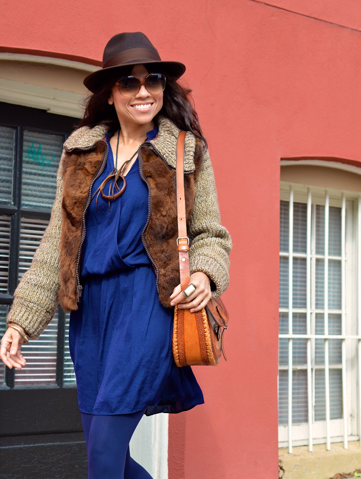 How to wear blue with brown