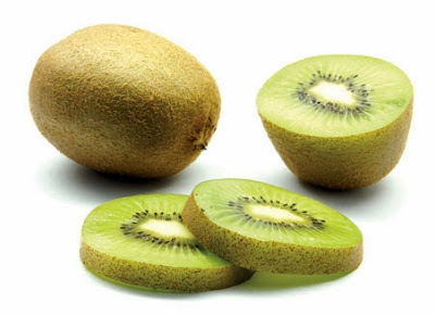 buah kiwi mengatasi masalah perut kembung