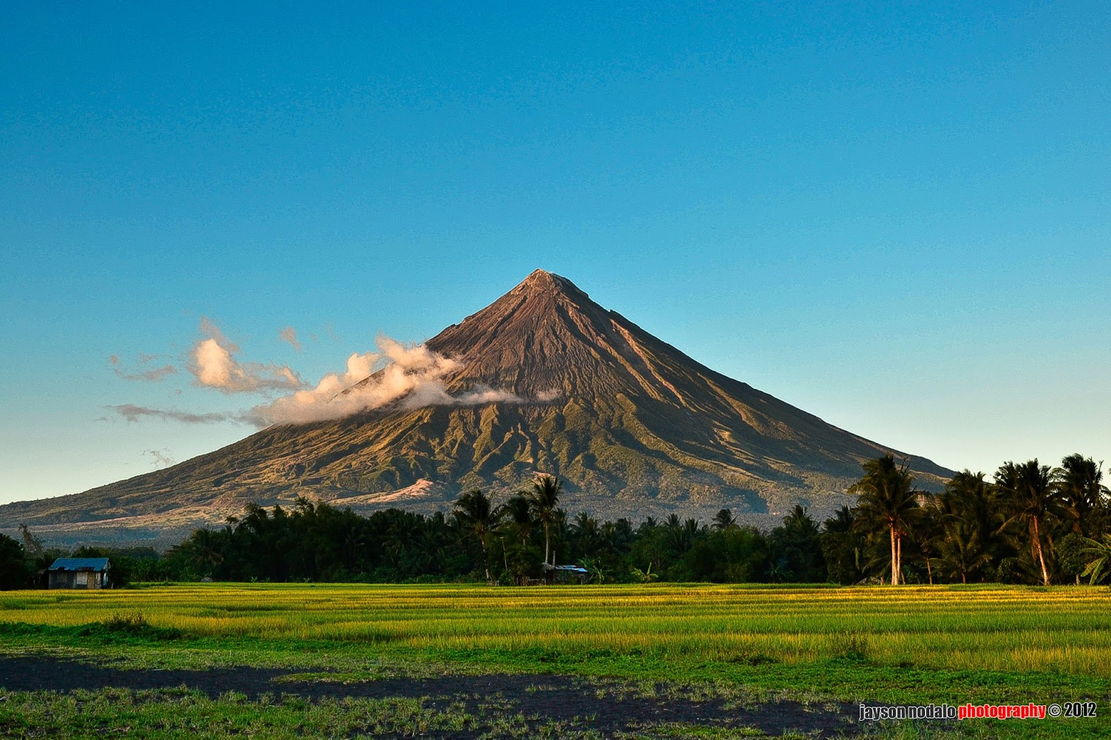 mayon volcano in philippines - photo #19