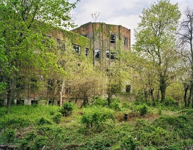 Lugares abandonados antes habitados.