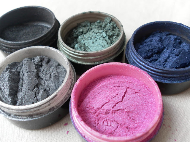 A picture of Stargazer Star Dust Eyeshadow