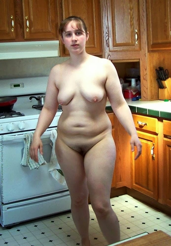 Chubby Amateur Girl Naked At Home
