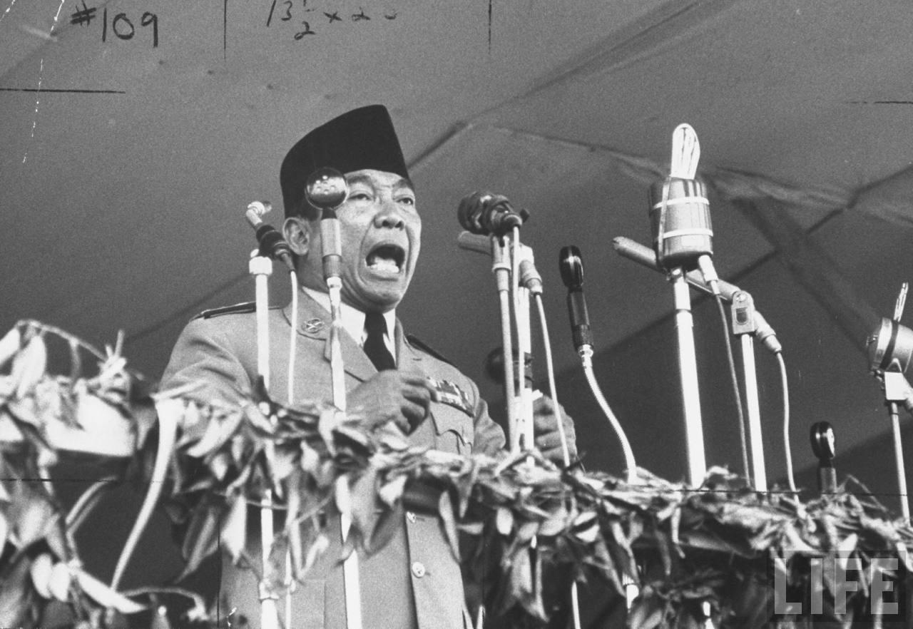 Contoh Pidato: Teks dan Naskah Pidato