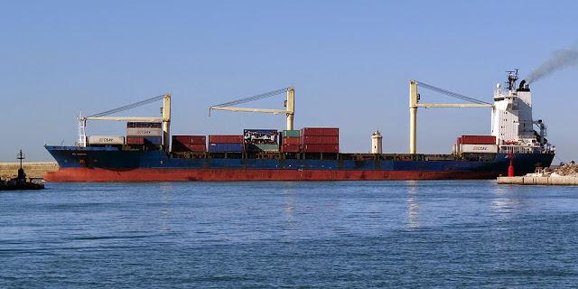 Rita Schepers container ship, IMO 9134622, port of Livorno
