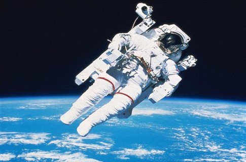 У космонавтов хуже гены