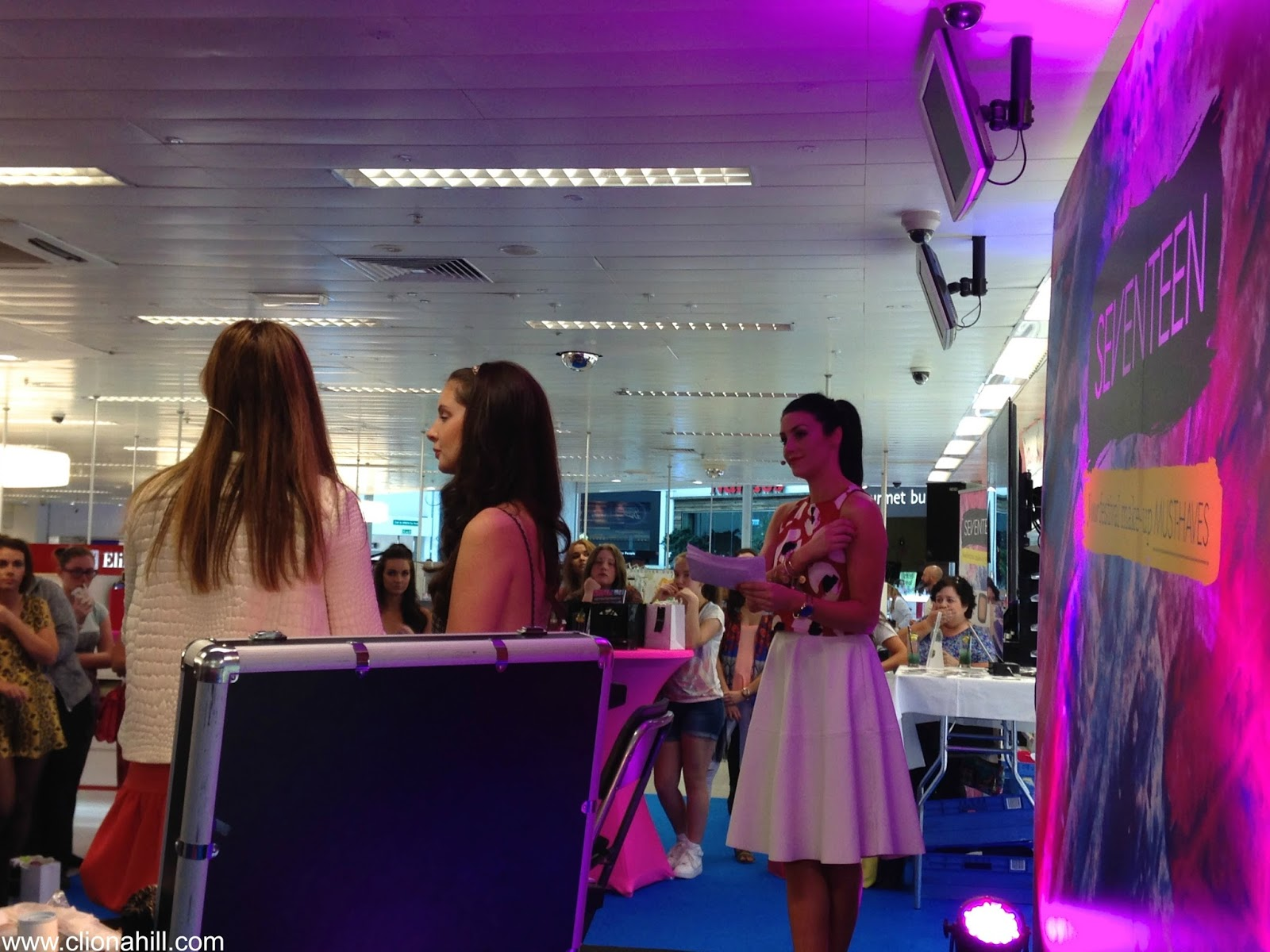 Seventeen makeup event with Suzanne Jackson