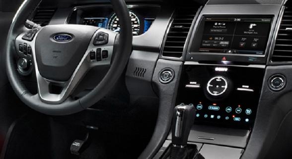 2016 Ford Thunderbird Interior