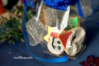 Biscotti speziati di Natale ricetta dolce per piccoli regali