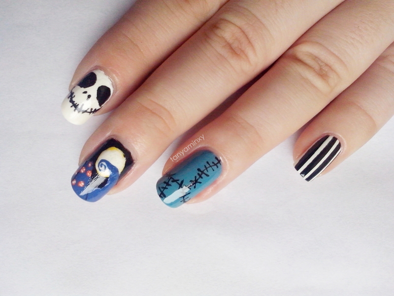 31DC2014 Day 29: Inspired By The SUPERNATURAL - The Nightmare Before Christmas Nails