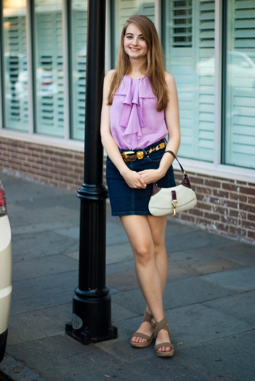 jean shirts with belt purple top and wedge heels, pretty co-ed in Charleston, southern fashion, southern street style, Charleston fashion