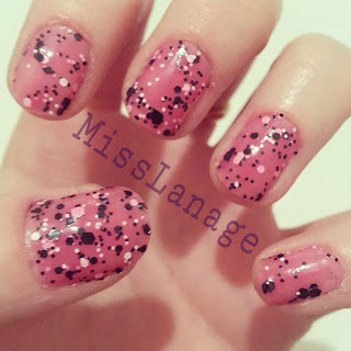 maybelline-colorshow-polkadots-speckled-pink
