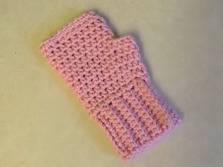 Knitting Pattern For Childrens Gloves With Fingers : Two Little Cs: Simple Fingerless Gloves for the Whole Family