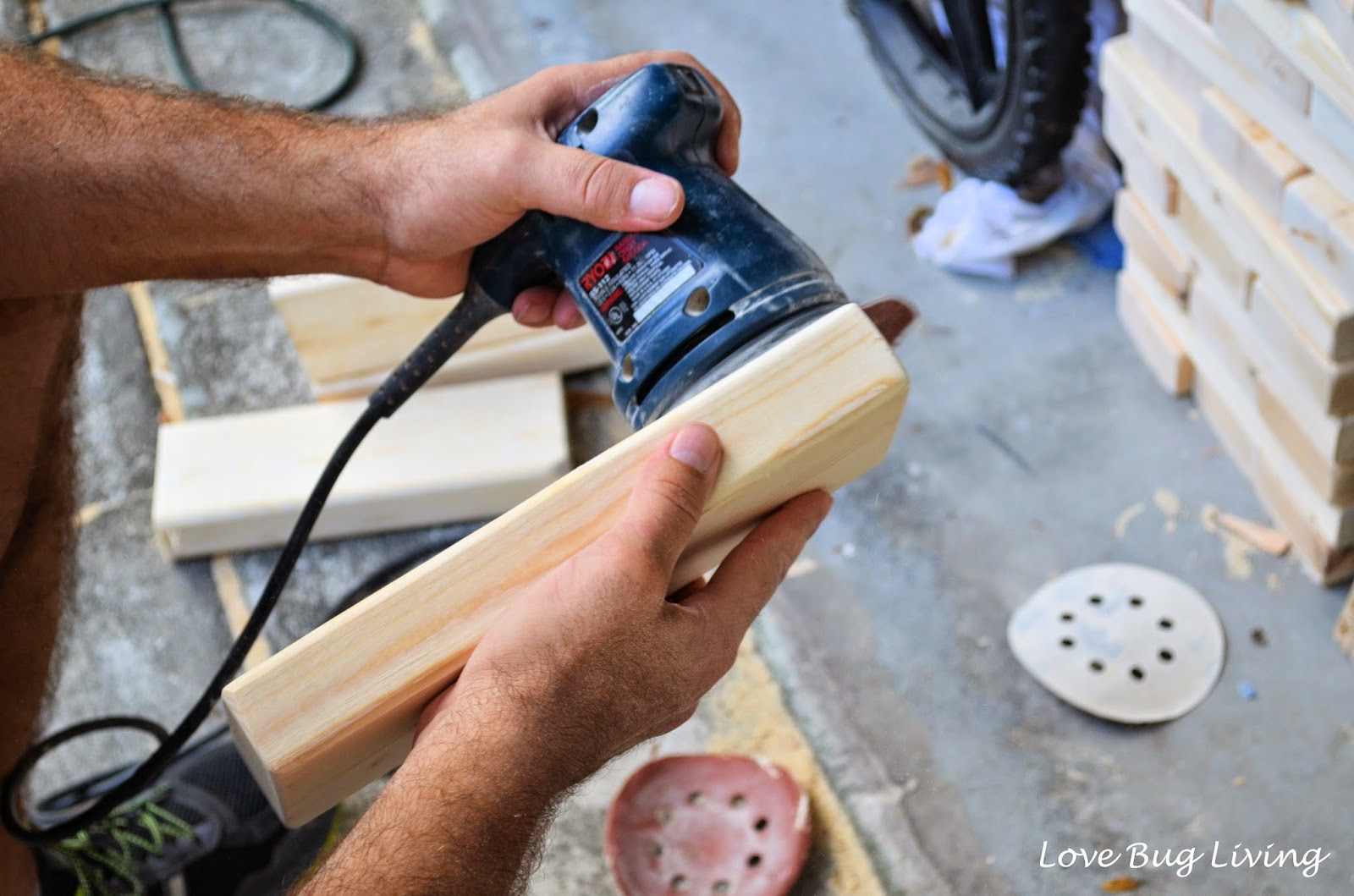 Love bug living diy giant jenga game this isnt a tough game to make yourself all you need are some 2x4s a chop saw and a sander a jenga game has 54 game pieces solutioingenieria Gallery